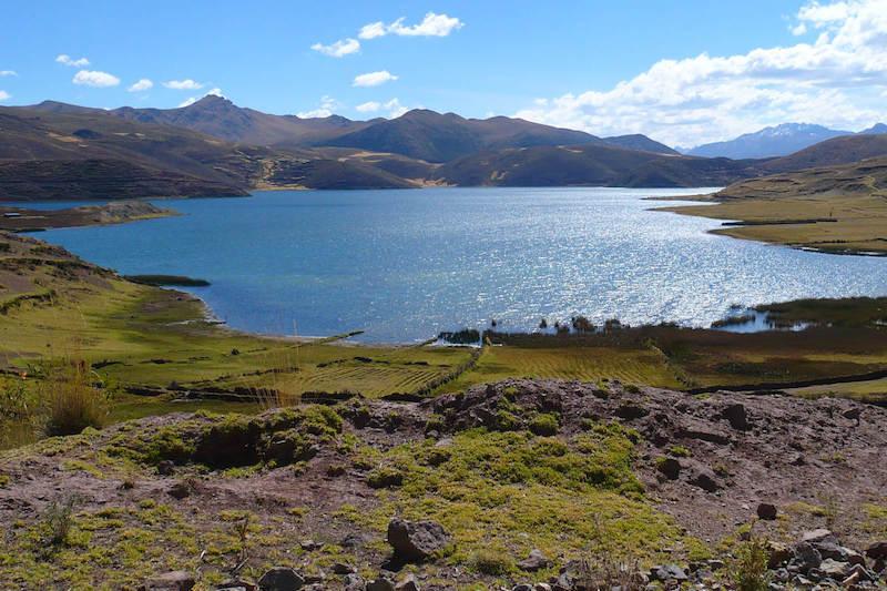 Laguna Pomancanchi - Tayra Tours Cusco
